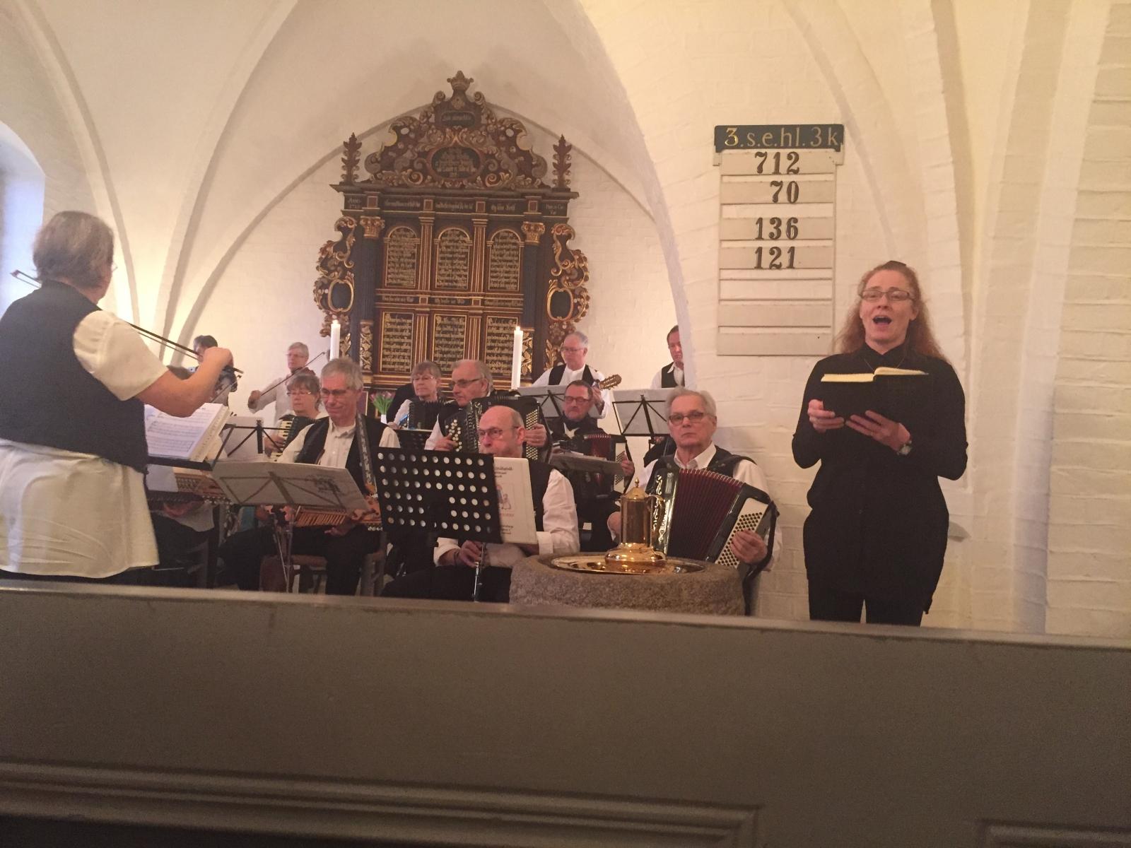 De Dysted Spillefolk i Fuglebjerg Kirke 021